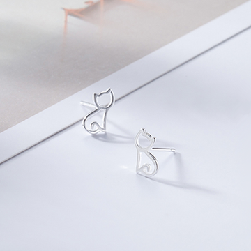 Modakawa Earrings Silver / One Size Cat 925 Sterling Silver Stud Earrings