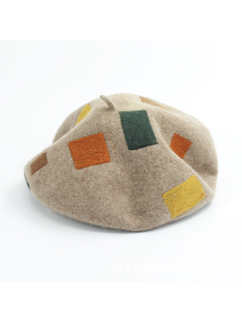 Modakawa Hat Artsy Square Patch Beret Hat