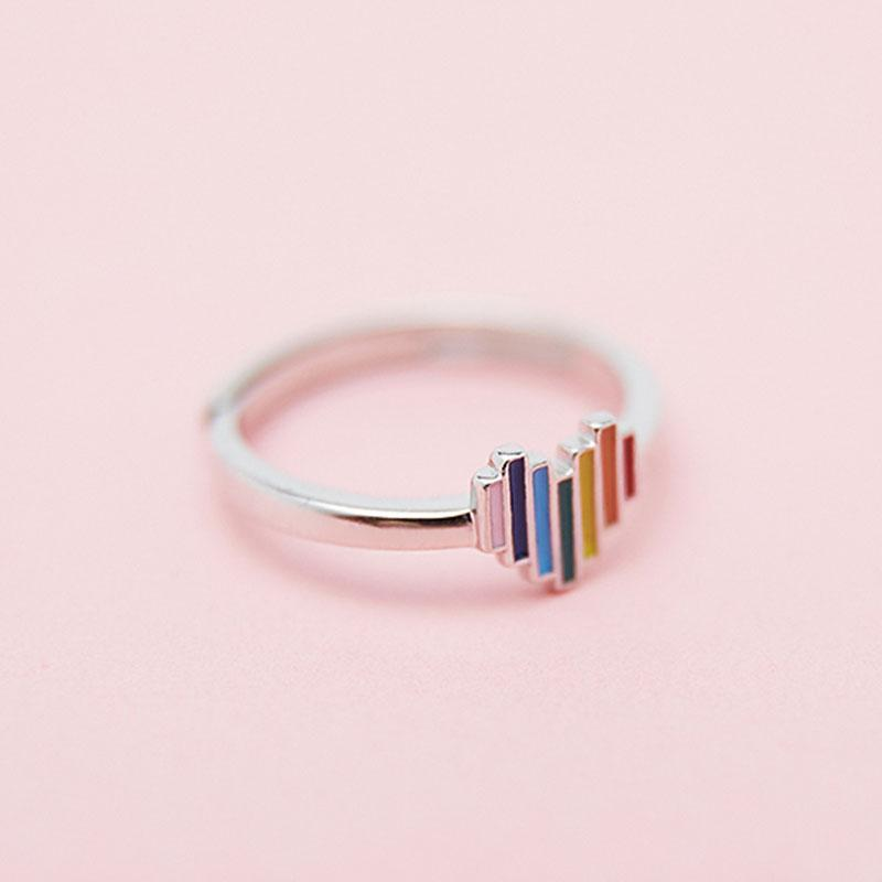 Modakawa Rings Silver / One Size Rainbow Love Heart 925 Sterling Silver Ring