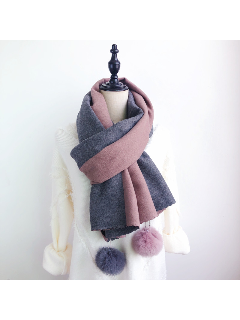 Modakawa Scarf Fuzzy Ball Color-Block Scarf