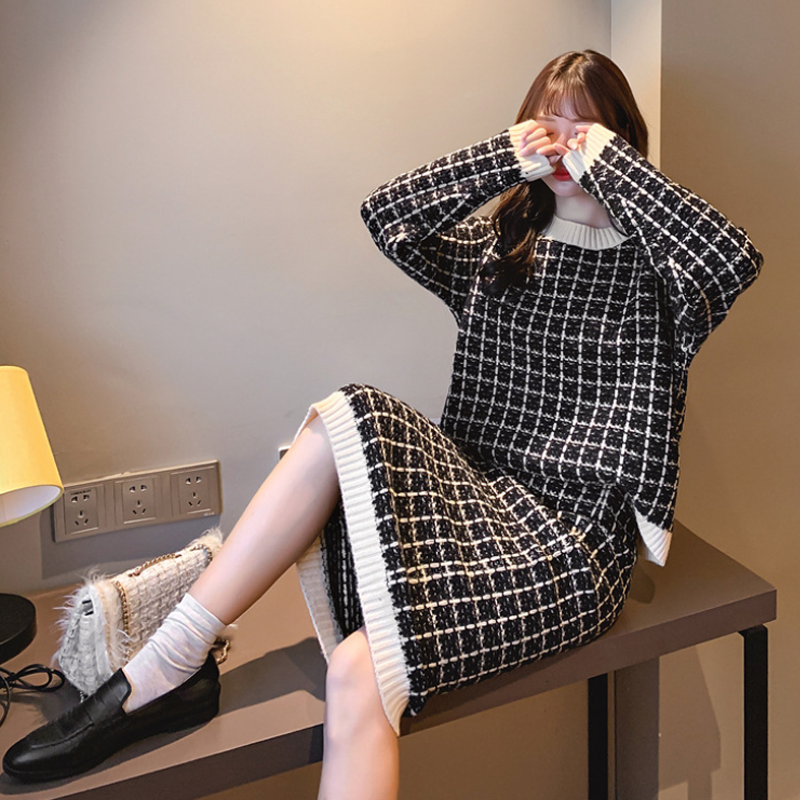 Modakawa Set Black / One Size Sweet Plaid Sweater Skirt Set