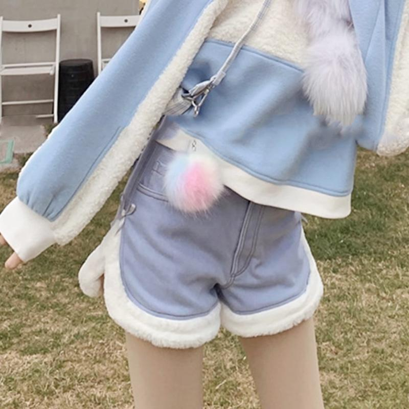 Modakawa Shorts Slit Bow Plush Button Shorts