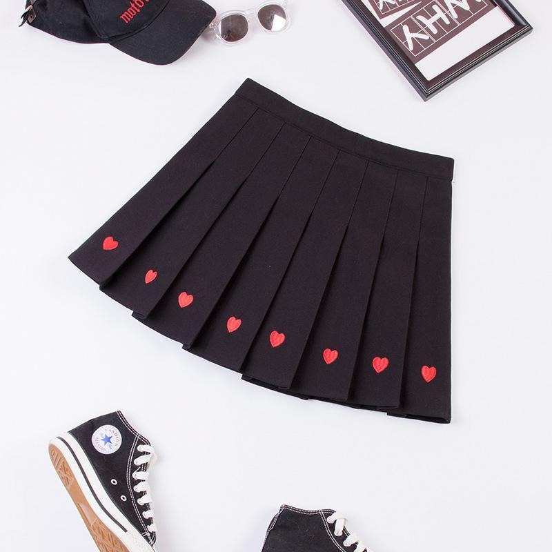 Modakawa Skirt Black / S Love Heart Embroidery Pleated Mini Skirt