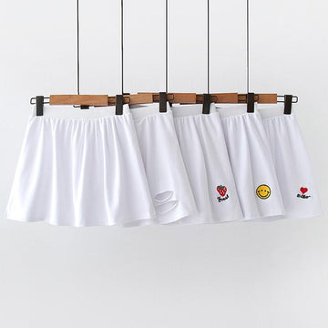 Modakawa Skirt Embroidery Slit White Base Short Skirt