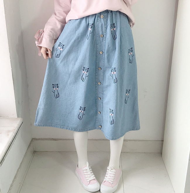Modakawa Skirt Vintage Cat Embroidery Denim Skirt