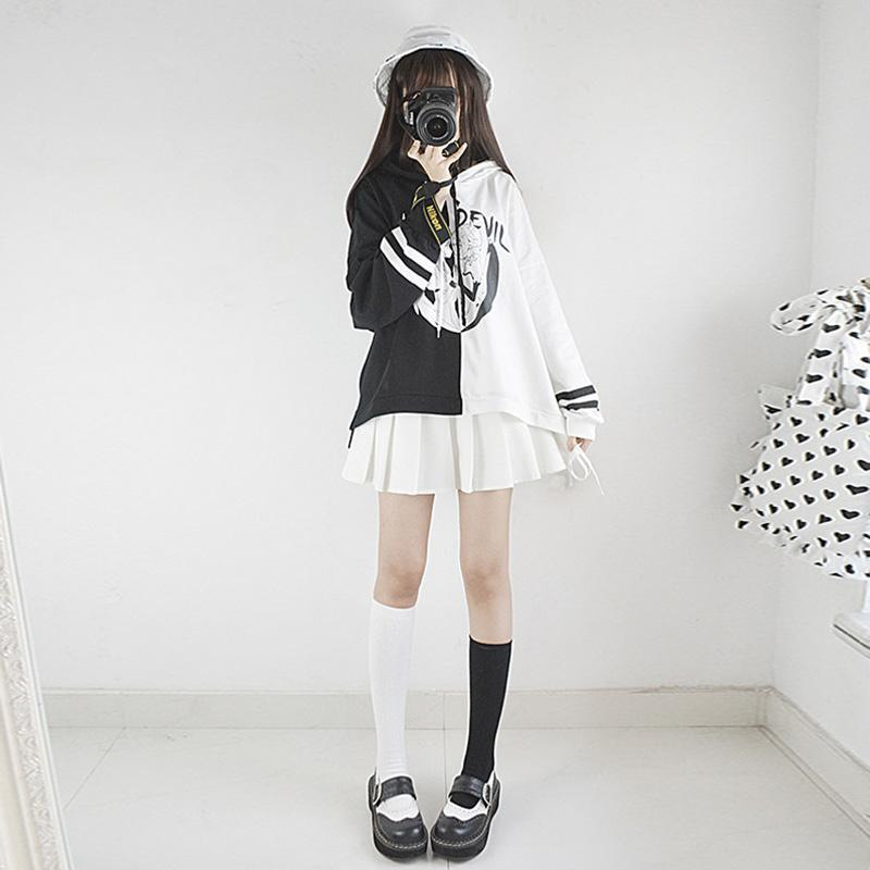 Modakawa Sweatshirt Angel Devil Japanese Cartoon Hoodie Color Block