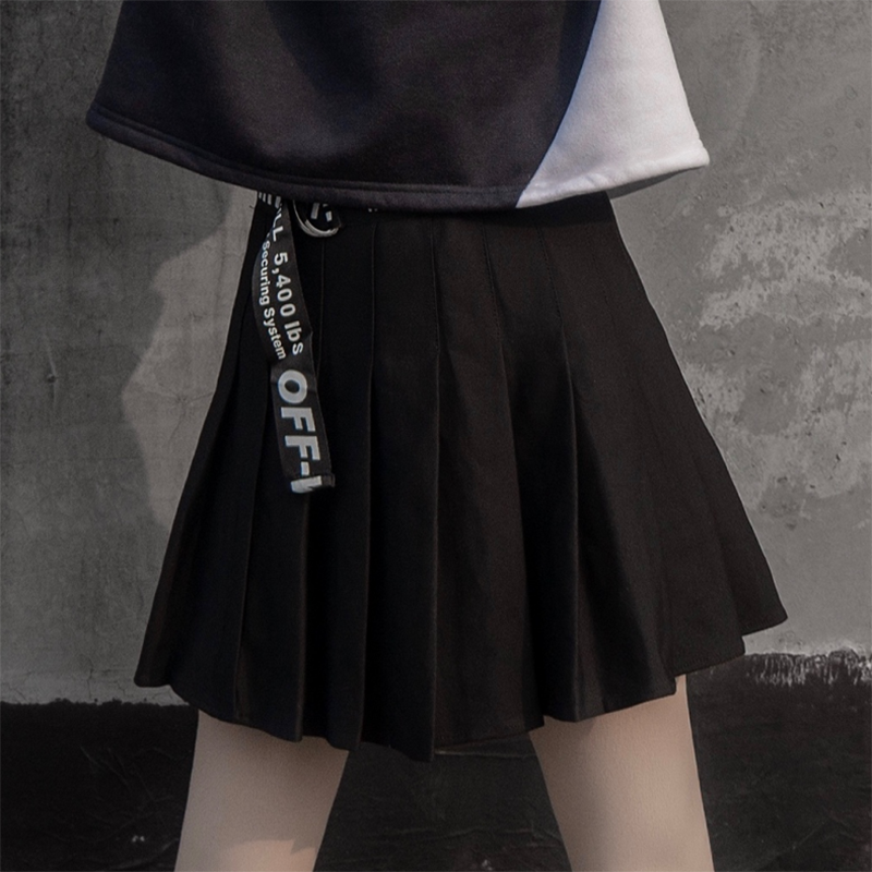 Modakawa Sweatshirt Black Skirt / S Love Heart Print Color Block Hoodie Pleated Skirt Set