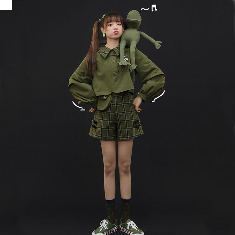 Modakawa Sweatshirt Bunny Plaid Button Crop Sweatshirt Frog Pocket Buckle Shorts