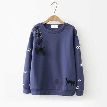 Modakawa Sweatshirt Navy Bow-Knot Kitty Yarn Ball Sweatshirt