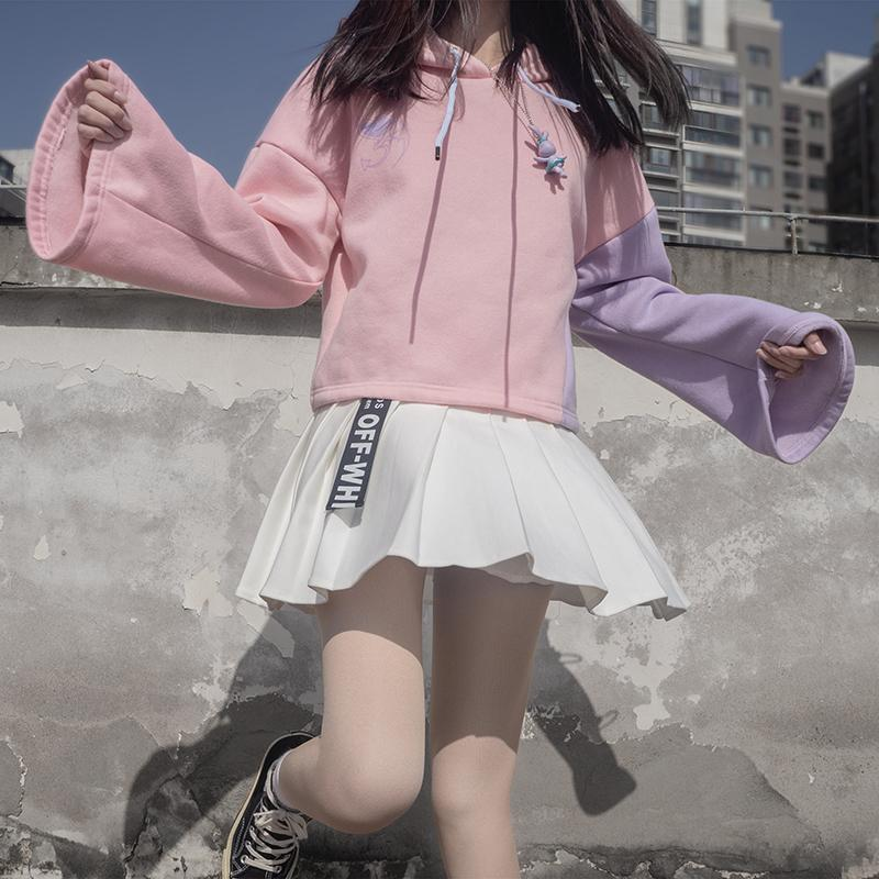 Modakawa Sweatshirt Pink Hoodie / S Love Heart Print Color Block Hoodie Pleated Skirt Set