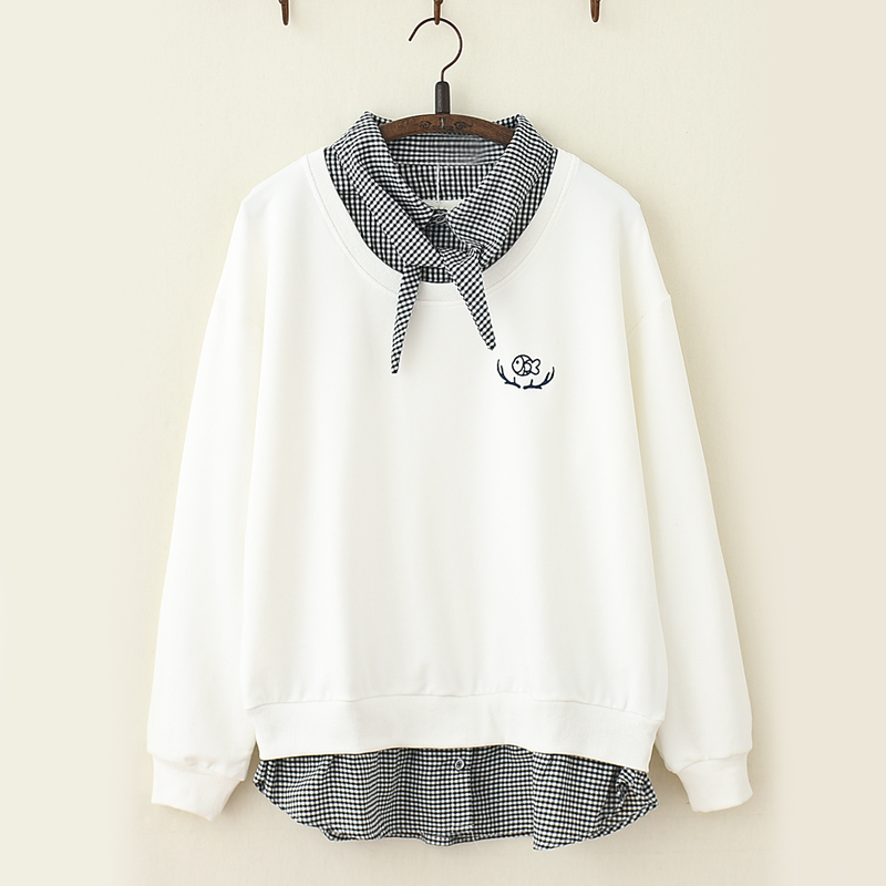 Modakawa Sweatshirt White / One Size Fish Embroidery Plaid One-Piece Sweatshirt