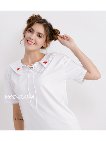 Modakawa T-Shirt White / One Size Heart Embroidery Navy collar T-shirt
