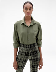 OVERSIZED SHIRT IN OLIVE GREEN