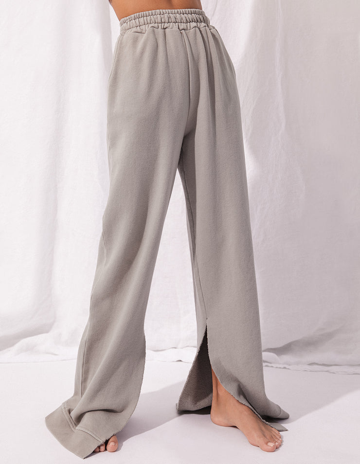 FAIRFAX SWEAT PANT IN DUNE
