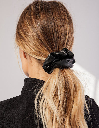 VEGAN LEATHER SCRUNCHIE