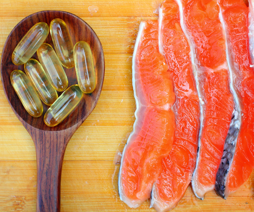 Salmon Oil for Dogs: The Benefits and How It Works