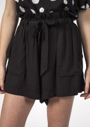 Thing Thing - Wonder Linen Shorts (Black)