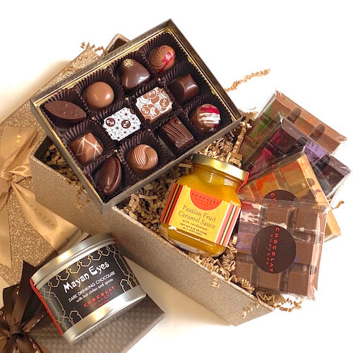 Gift Basket Grande No. 3 ~ Bonbons, Bars, Confections