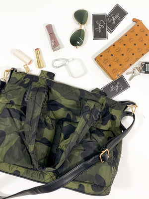 Load image into Gallery viewer, Camo Quilted Purse