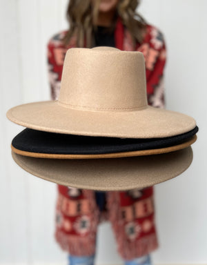 Load image into Gallery viewer, Tan Wool Hat
