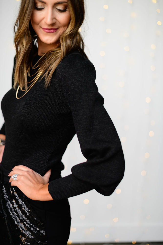 black-balloon-sleeve-metallic-bodysuit-sequin-joggers-layered-gold-necklace-black-crossbody-purse-glass-beaded-bracelets-holiday-launch-holiday-party-outfits-holiday-chic-shop-style-your-senses-by-mallory-fitzsimmons