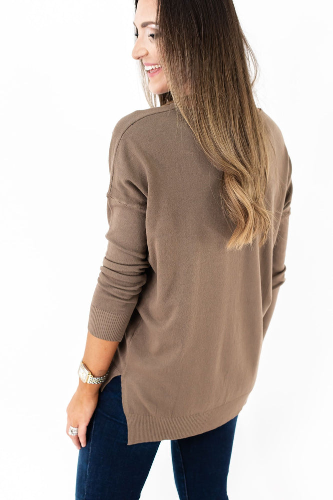 tunic sweater, hi low sweater, mocha sweater, fall style, fall fashion, mom style, closet basic, capsule wardrobe, style your senses