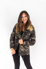 Camo Print Utility Jacket w/ Removable Collar
