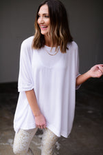 white oversized athleisure top, workout wear, affordable athleisure, shop style your senses by mallory fitzsimmons