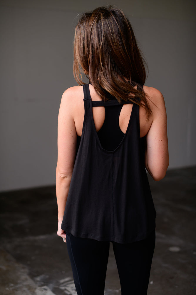 black crossbar flowy tank, workout wear, affordable athleisure, shop style your senses by mallory fitzsimmons