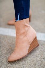 shop-style-your-senses-by-mallory-fitzsimmons-fall-collection-fall-camel-suede-wedge-booties-womens-fall-affordable-fashion