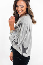 shop-style-your-senses-by-mallory-fitzsimmons-grey-star-print-sweatshirt-cozy-fashion-comfy-clothing-easy-to-wear-clothes