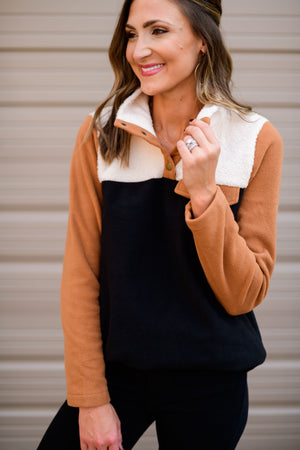 shop-style-your-senses-by-mallory-fitzsimmons-fall-collection-neutral-color-block-sherpa-pullover-womens-fall-fashion-mom-style-affordable-fall-winter-tops-sweaters-sweatshirts-hoodies-cool-weather-basics