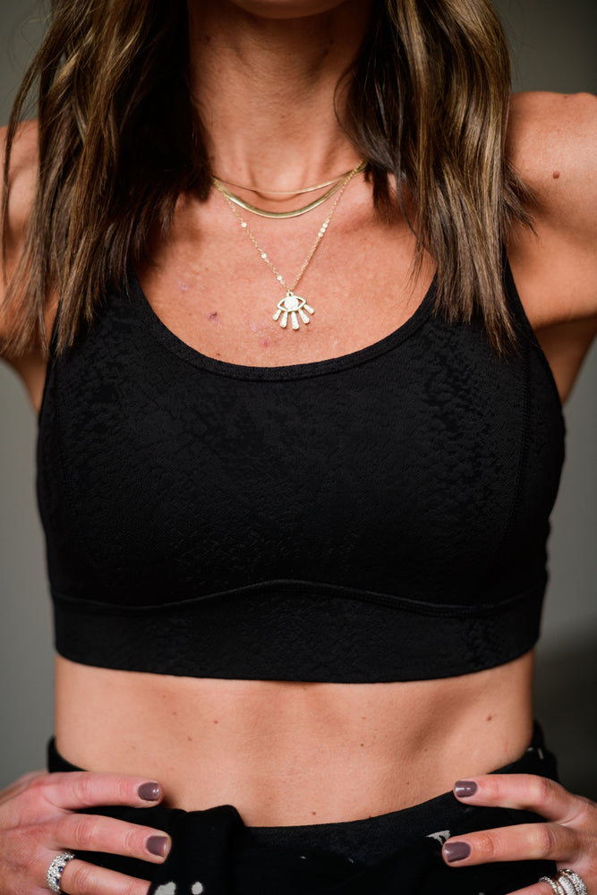 black textured scale print sports bra, athleisure, shop style your senses by mallory fitzsimmons