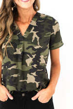 camo top, women's camo top, camo pullover, black jeans, mom style, track pants, cozy fleece, fall style, style your senses, graphic tee