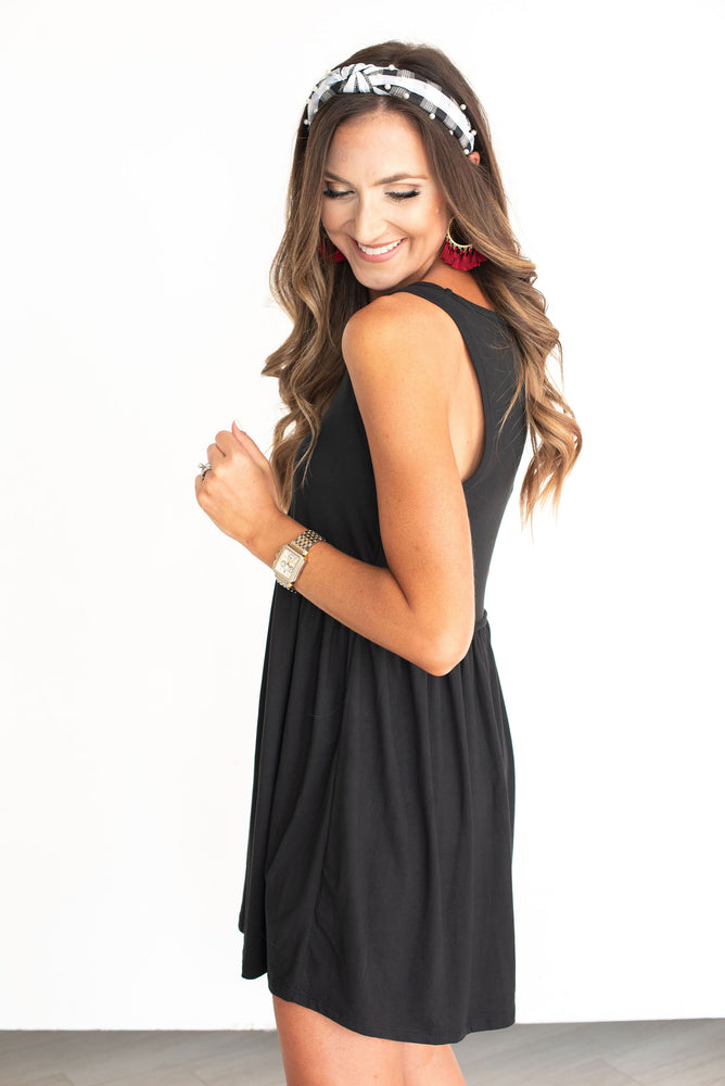 Black Knit Tank Dress, Texas Tech, TTU, Georgia, Oklahoma State, OSU, Vanderbilt, Iowa, Purdue, Wisconsin, Southern Miss, Southern Mississippi, Cornell, Harvard, North Carolina State, NC State, Arkansas, Colorado, CU, Alabama, SEC, Big 12, Big Ten, little black dress, black dress, game day dress, tank dress, knit dress, game day outfit, style your senses