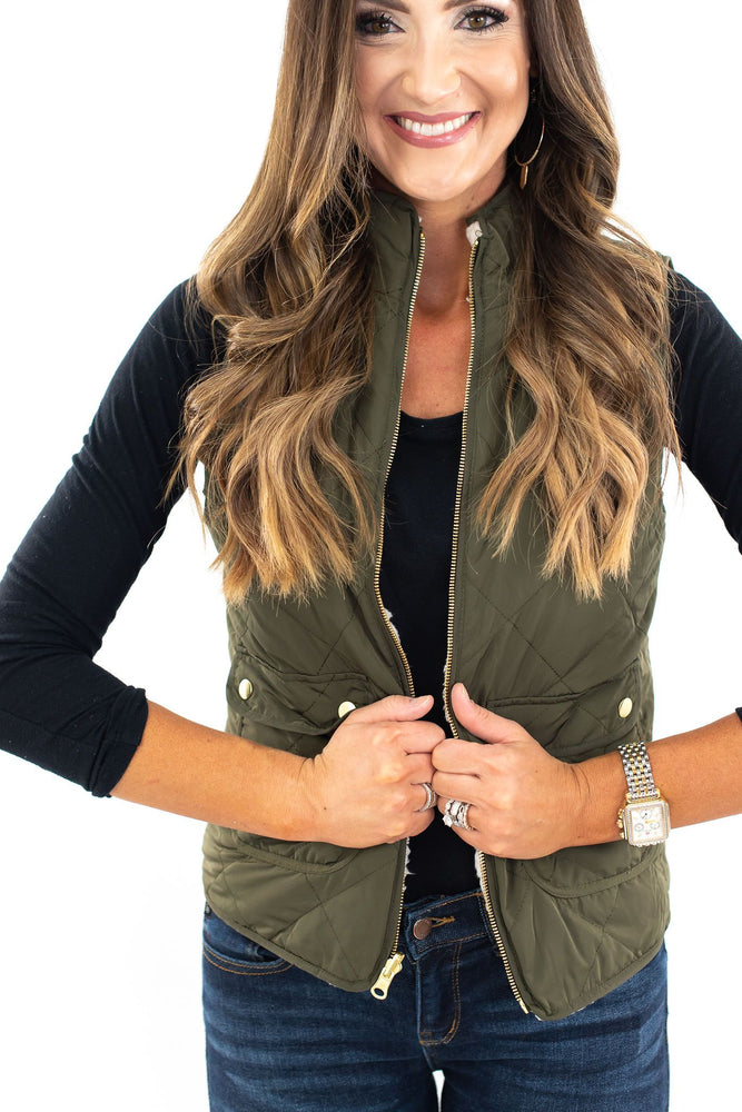 sherpa vest, quilted vest, fall fashion, fall basic, reversible vest, fall style, style your senses, shop style your senses