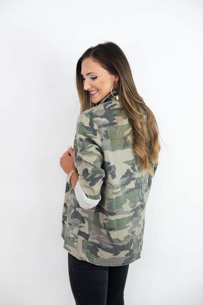 camo jacket, women's camo top, off the shoulder top, black jeans, mom style, track pants, cozy fleece, fall style, style your senses, graphic tee