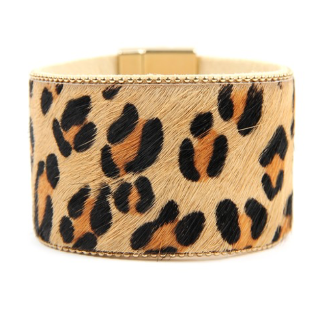 Oversized Leopard Print Magnetic Closure Cuff