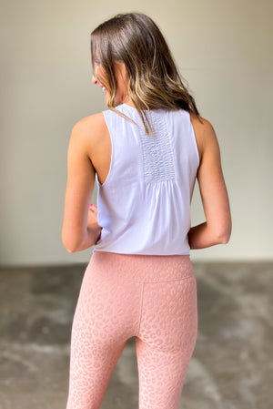white ruched back muscle tank, stylish athleisure, fitness fashion, shop style your senses by mallory fitzsimmons