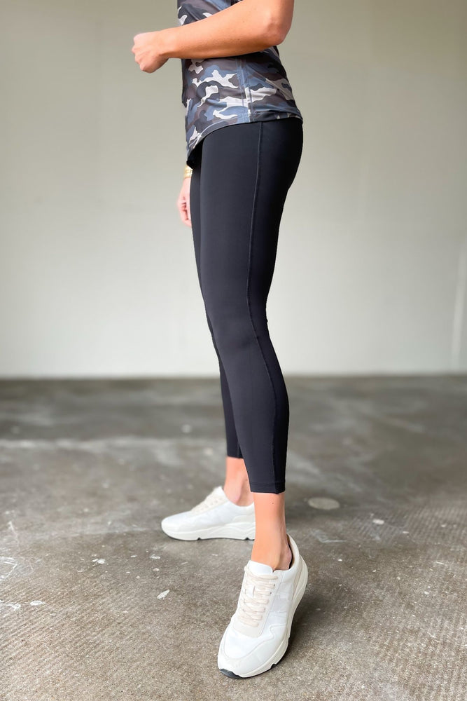 black waist shaper high waisted leggings, affordable athleisure, moms who workout, shop style your senses by mallory fitzsimmons
