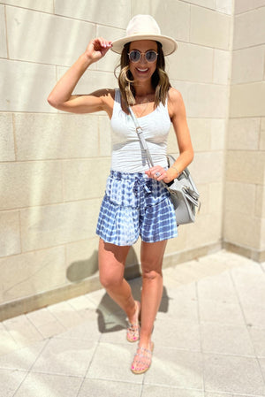 navy tie dye elastic waist shorts, gray double scoop tank, spring trends, easy to wear, shop style your senses by mallory fitzsimmons