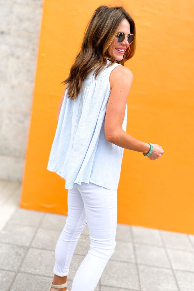 light blue gauze top with lace top panel, white skinny jeans, spring tops, dainty details, shop style your senses by mallory fitzsimmons