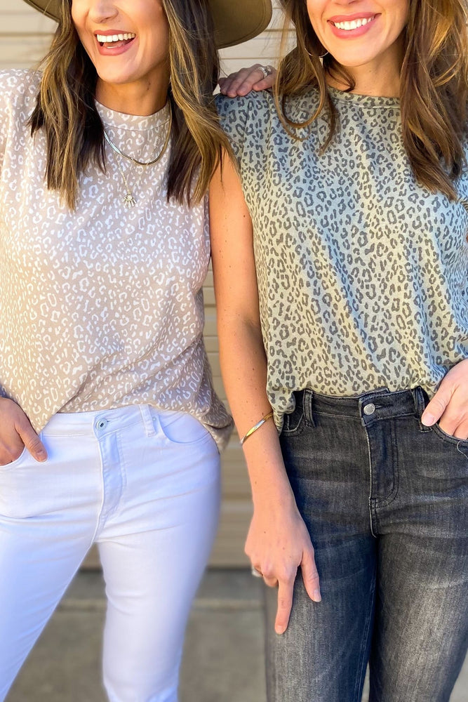 olive-animal-print-shoulder-pad-top-spring-outfits-new-arrivals-mom-style-shop-style-your-senses-by-mallory-fitzsimmons