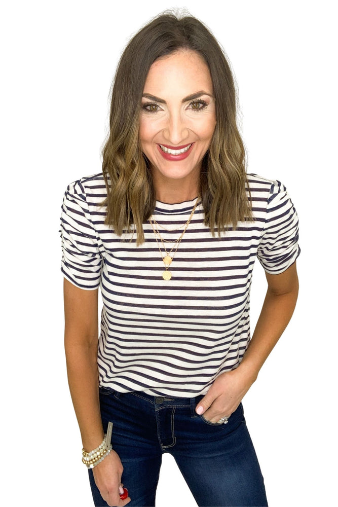 navy and white 1/2 sleeve top, skinny jeans, spring tops, shop style your senses by mallory fitzsimmons