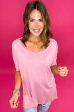pink wide v neck short sleeve top with side slits, distressed jeans, affordable style, upstyled basics, shop style your senses by mallory fitzsimmons