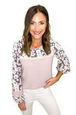 lilac top w/ floral contrast long sleeves, white skinny jeans, spring tops, shop style your senses by mallory fitzsimmons