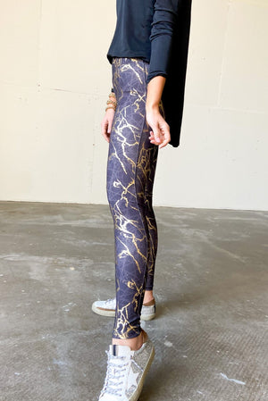 black and gold marbled leggings, athleisure, shop style your senses by mallory fitzsimmons