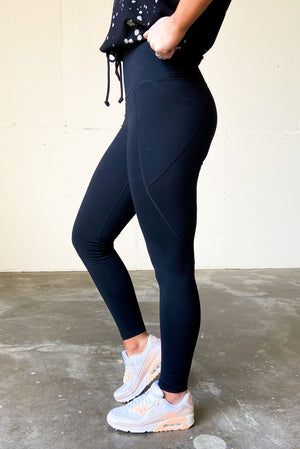 black compression leggings w/ side pocket, athleisure, shop style your senses by mallory fitzsimmons