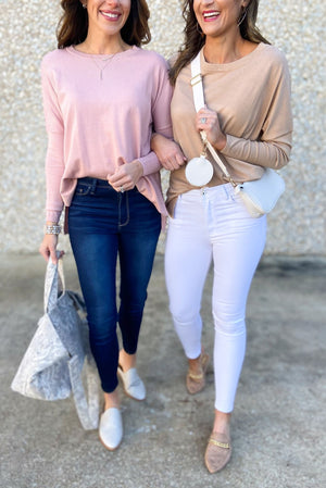 mauve split hem lightweight sweater, white skinny jeans, spring tops, shop style your senses by mallory fitzsimmons