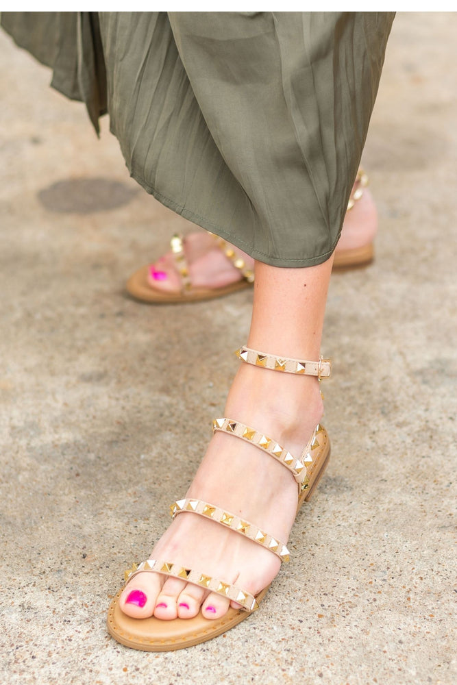 gold rockstud sandal, travel sandal, spring shoe, spring sandal, shop style your senses, look for less